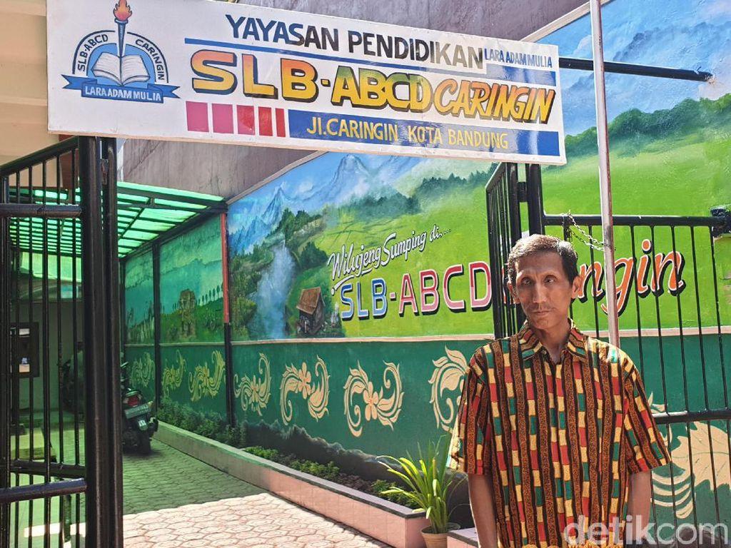 Perjuangan Pria Tunanetra di Bandung Sulap Rumah Pribadi Jadi SLB