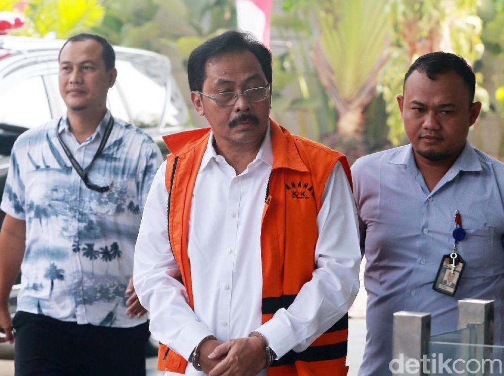 Gubernur Kepri Didakwa Terima Suap SGD 11 Ribu untuk Izin Reklamasi