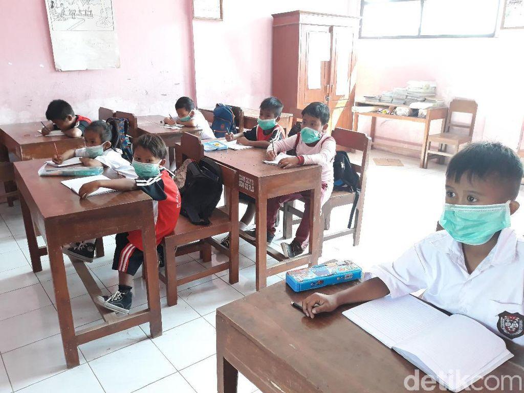 Asap Kebakaran Putri Cempo Solo Serang Permukiman dan Sekolah