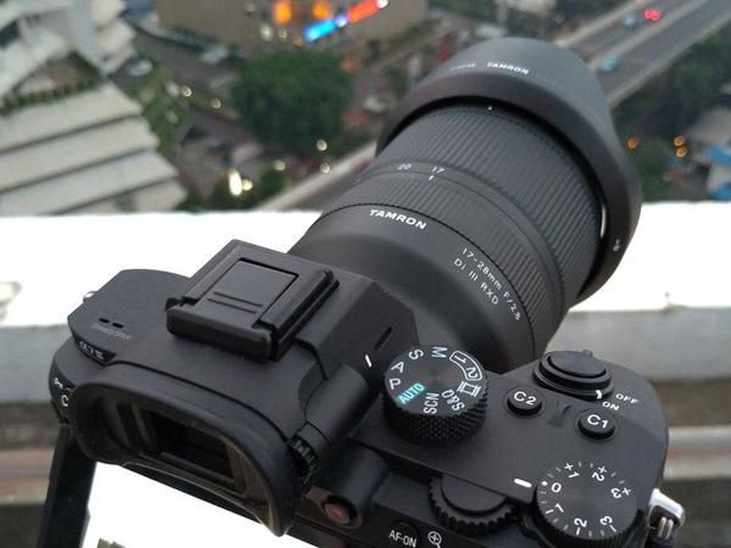 Review Lensa Tamron 17-28mm f/2.8 Di III RXD