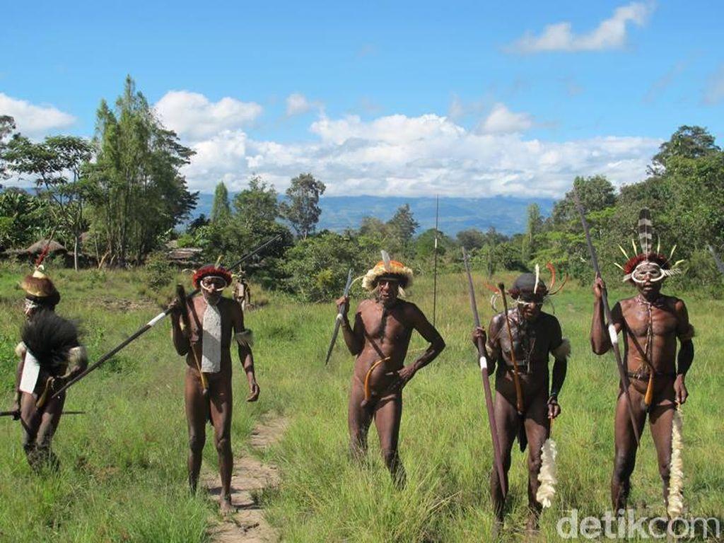 Apakah Ada Suku Kanibal di Papua?
