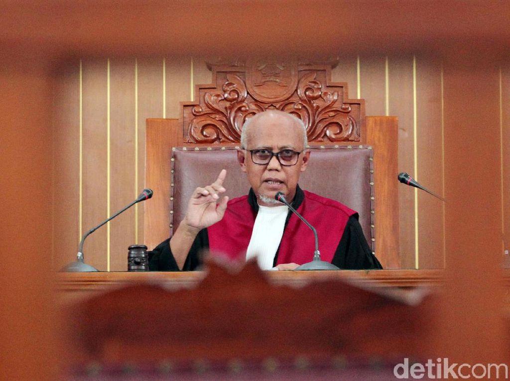 Hakim Tolak Praperadilan Kivlan Zen