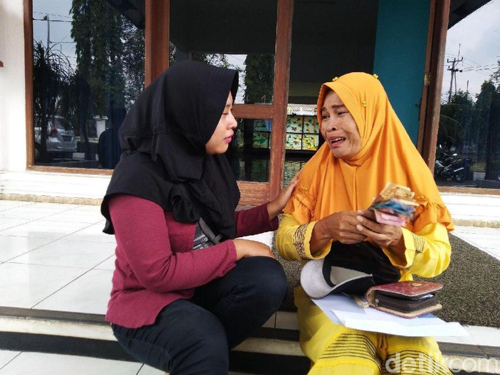 Pilu Janda Miskin di Ciamis, Anak Masuk SMK Wajib Sumbang Rp 3,3 Juta