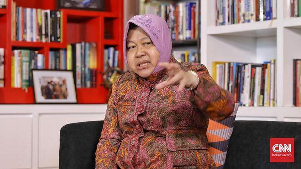 Walikota Surabaya, Tri Rismaharini saat berkunjung ke kantor Transmedia, Jakarta, Rabu, 31 Juli 2019. CNN Indonesia/Bisma Septalisma