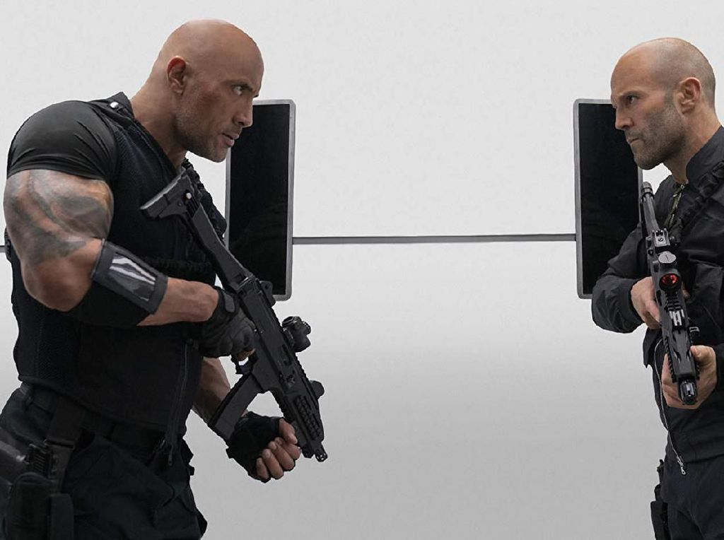 Hobbs and Shaw: Asyiknya Nongkrong Bareng The Rock dan Jason Statham
