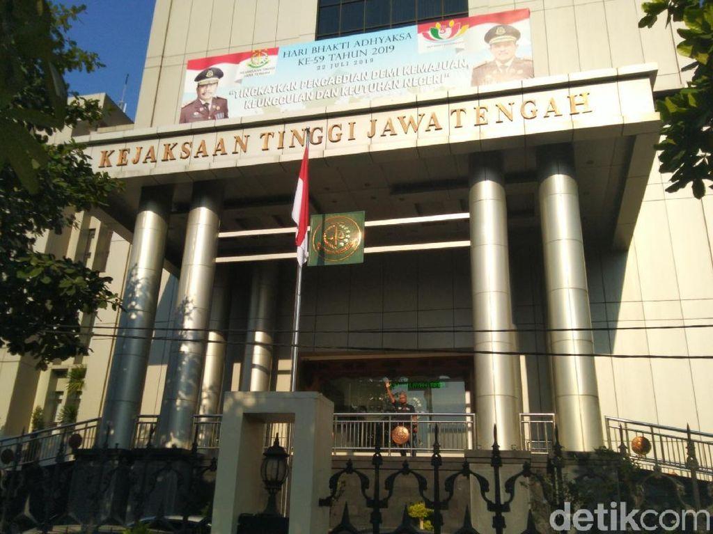 Tersangka Kredit Fiktif Rp 1,9 M Bank BUMN di Kendal Serahkan Diri