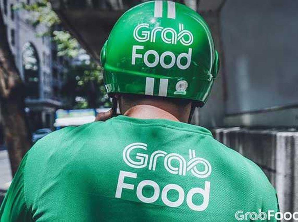 Dapat Makanan dari Pelanggan, Curhatan Ojol Ini Bikin Netizen Tersentuh