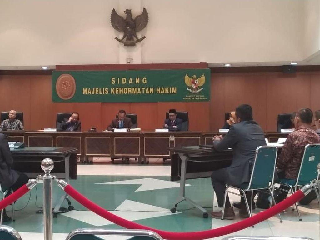 Pertama di Indonesia, Hakim Militer Dipecat