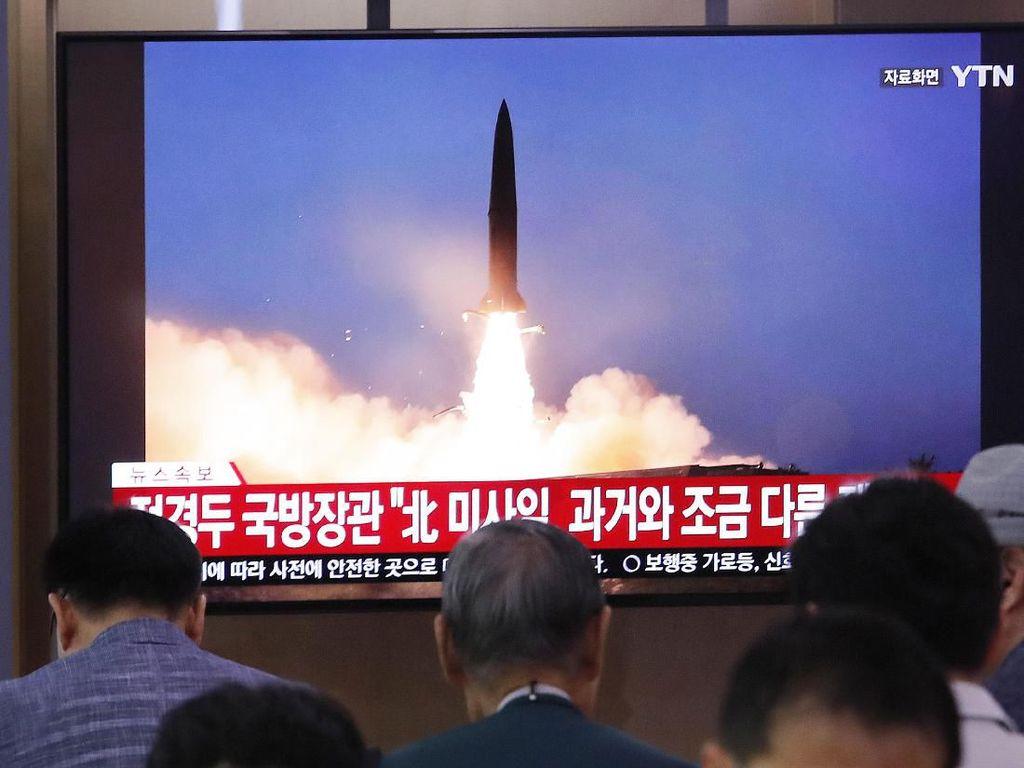 Kim Jong Un Pimpin Langsung Uji Coba Rudal