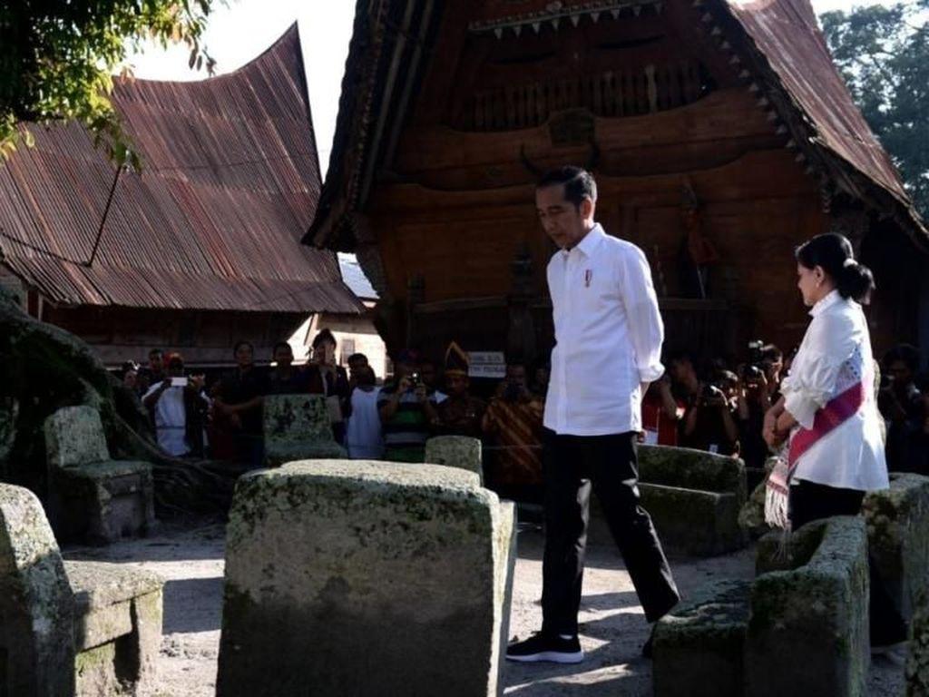 Jokowi Janji Promosi Besar-besaran Danau Toba Mulai 2020