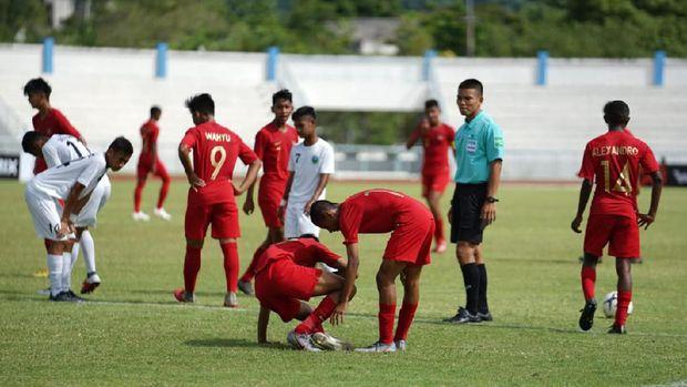 Timnas Indonesia mampu menahan imbang Thaialnd di babak pertama.