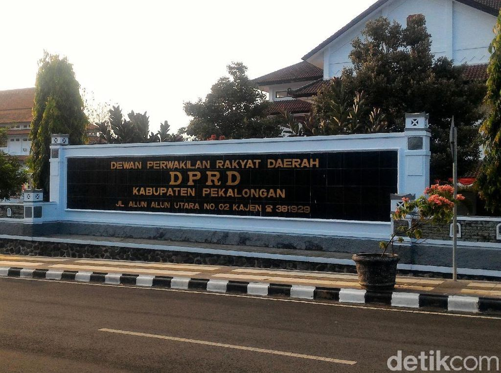 Rp 300 Juta untuk Pelantikan Anggota DPRD Kabupaten Pekalongan