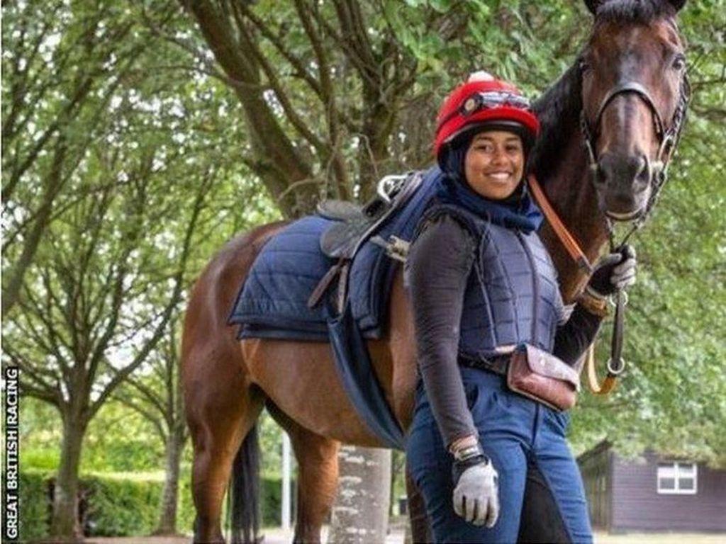 Kisah Remaja Berjilbab Mengukir Sejarah di Lomba Pacuan Kuda Inggris