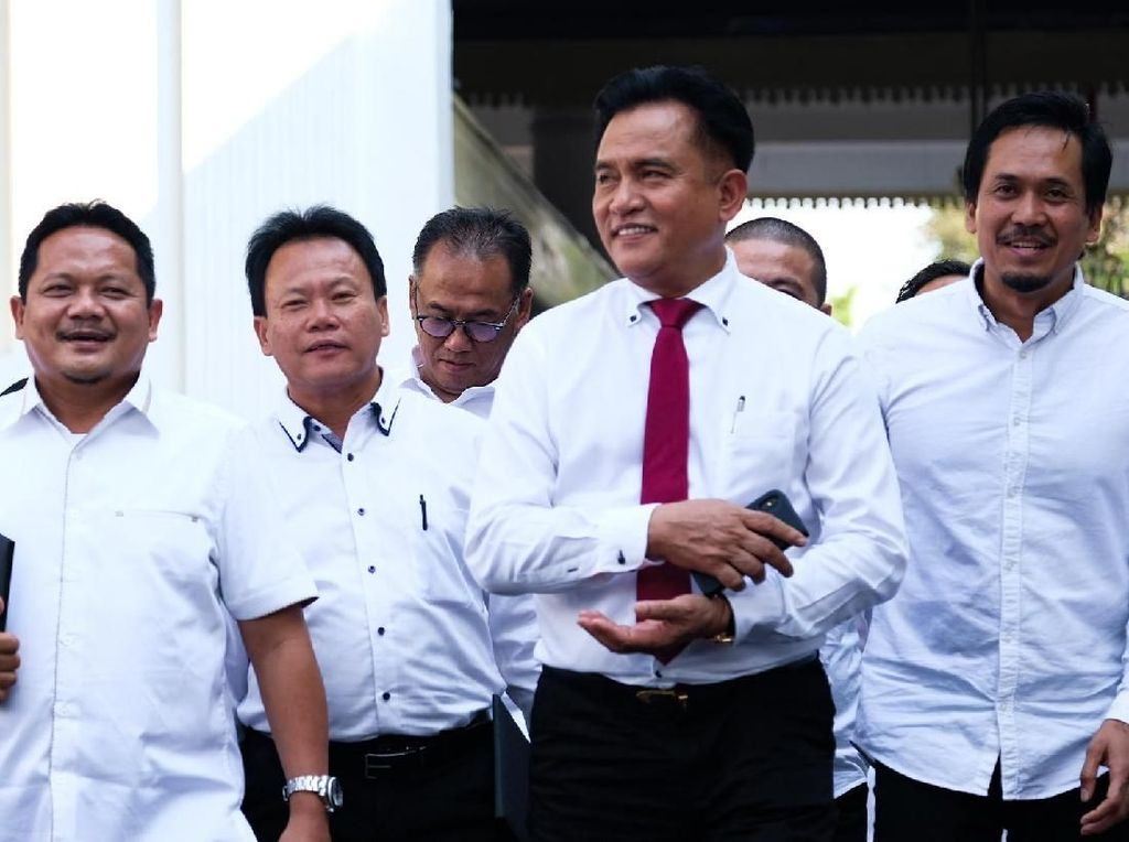 PBB Bertemu Jokowi di Istana, Yusril: Kami Nggak Bicara Kabinet