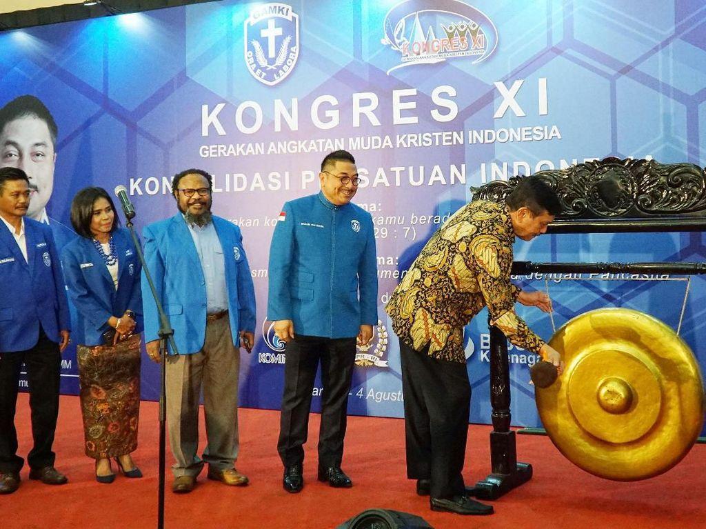 Luhut Hadiri Kongres GAMKI di Jakarta