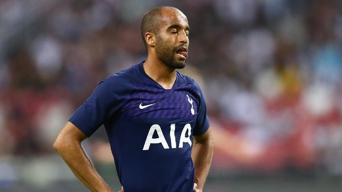 SINGAPORE, SINGAPORE - JULY 21: Lucas Moura of Tottenham Hotspur shows dejection during the International Champions Cup match between Juventus and Tottenham Hotspur at the Singapore National Stadium on July 21, 2019 in Singapore. (Photo by Pakawich Damrongkiattisak/Getty Images)