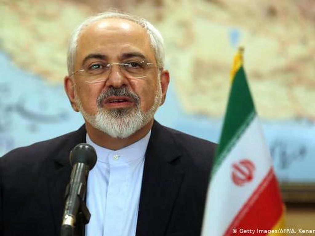 AS Jatuhkan Sanksi ke Menlu Iran, Presiden Rouhani: Kekanak-kanakan!