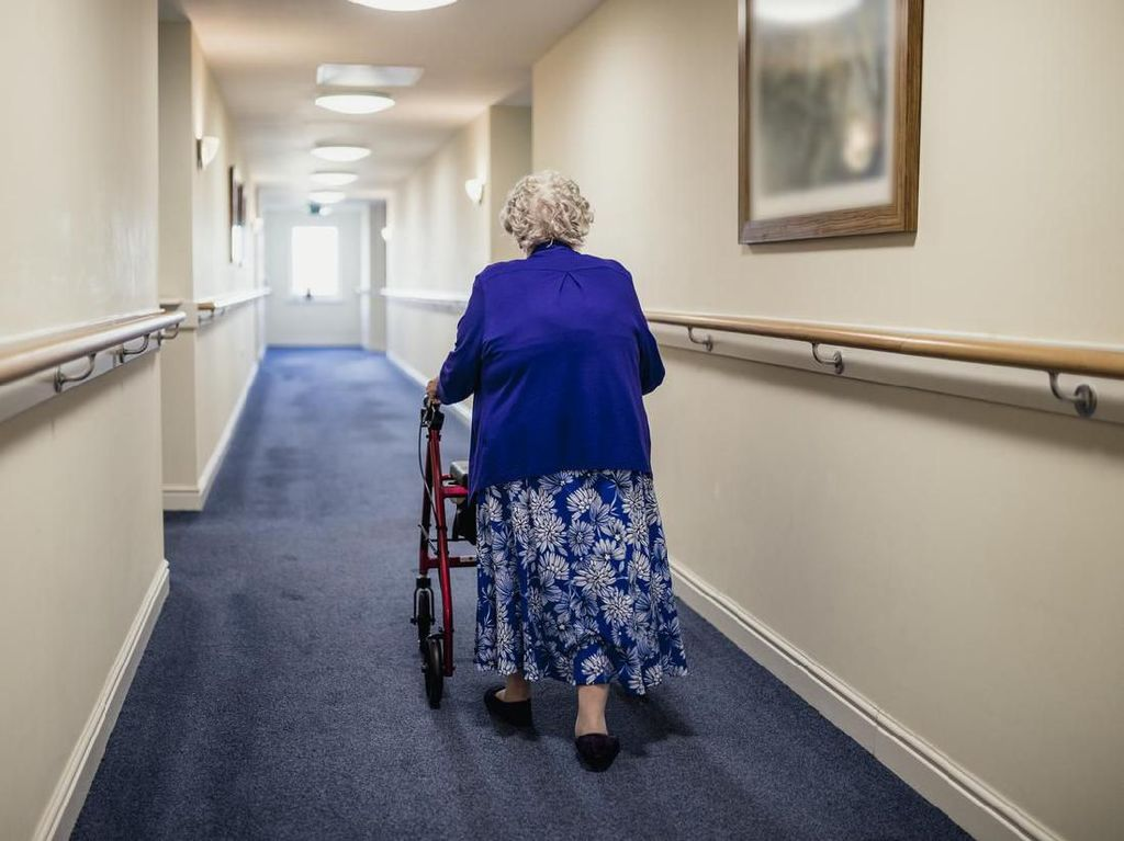 Kisah Nenek Kembali Pulang Setelah Dinyatakan Meninggal Akibat Covid