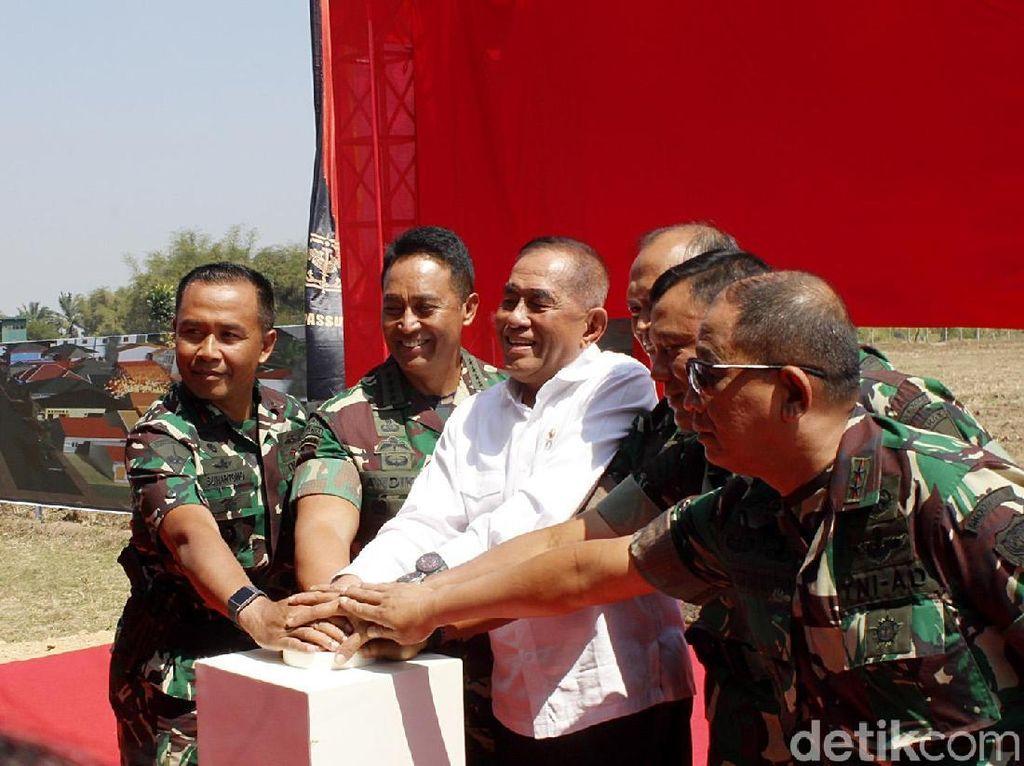 Momen Menhan Resmikan Pembangunan Faslat Purkota di Bandung