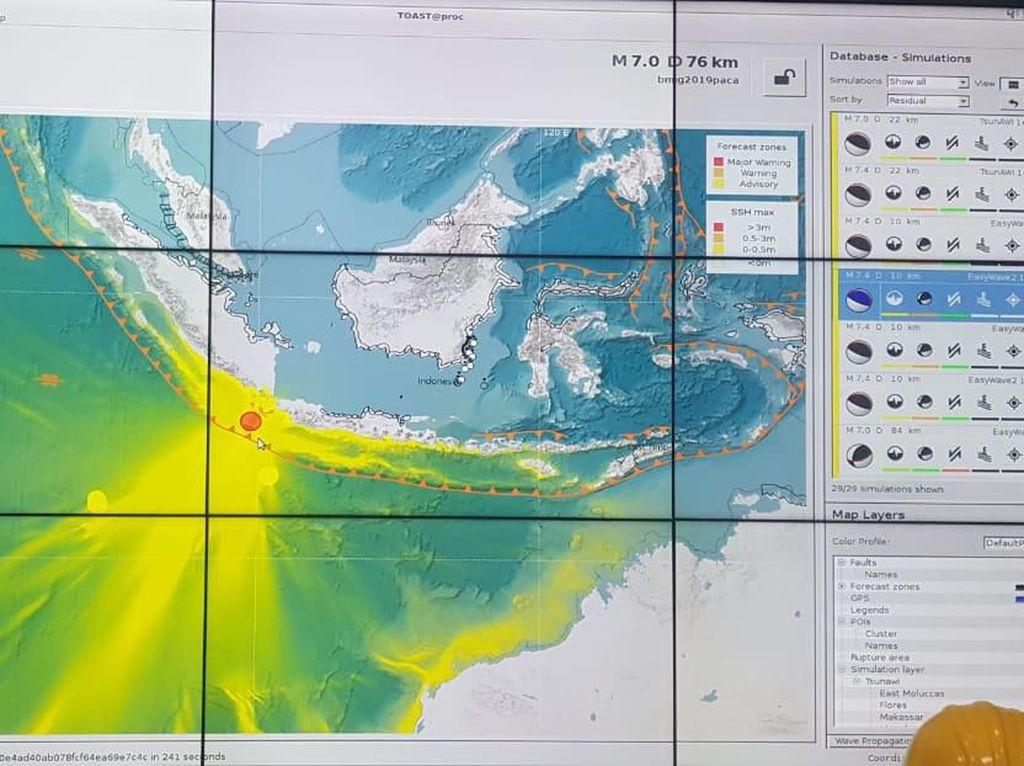 1 Jam Berlalu, Peringatan Potensi Tsunami Belum Dicabut