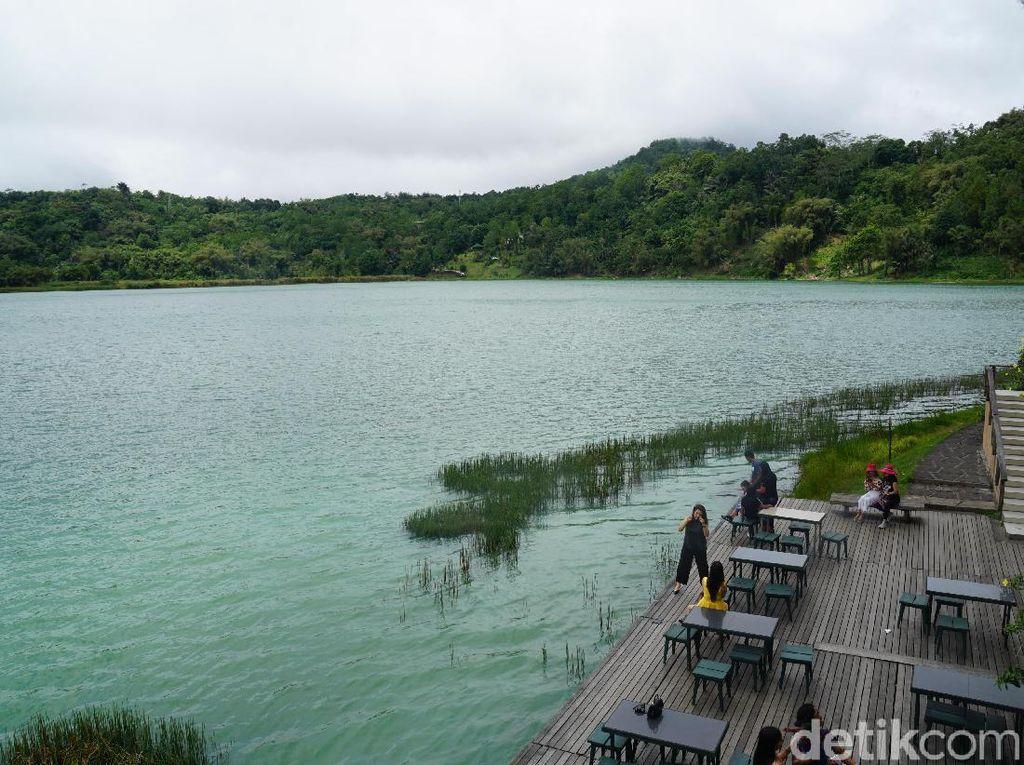 Foto: Danau Linow, Danau Tiga Warna Kebanggaan Warga Tomohon