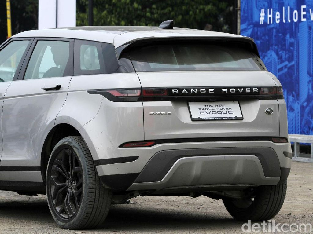1.100 Karyawan Jaguar Land Rover Dipecat