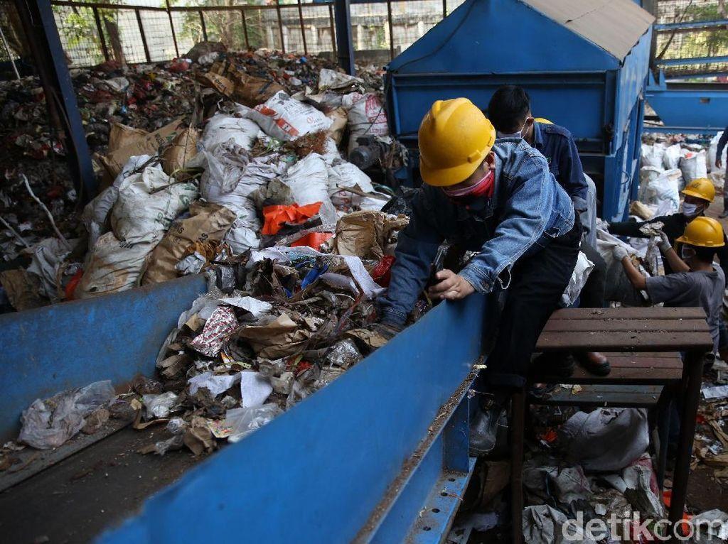 6 Usulan Pemerintah Percepat Proyek Pembangkit Listrik Tenaga Sampah