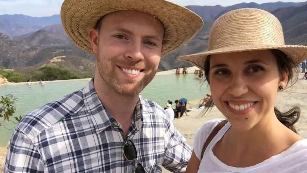 Foto: Jatuh Cinta di Ketinggian 30 Ribu Kaki & Akhirnya Menikah