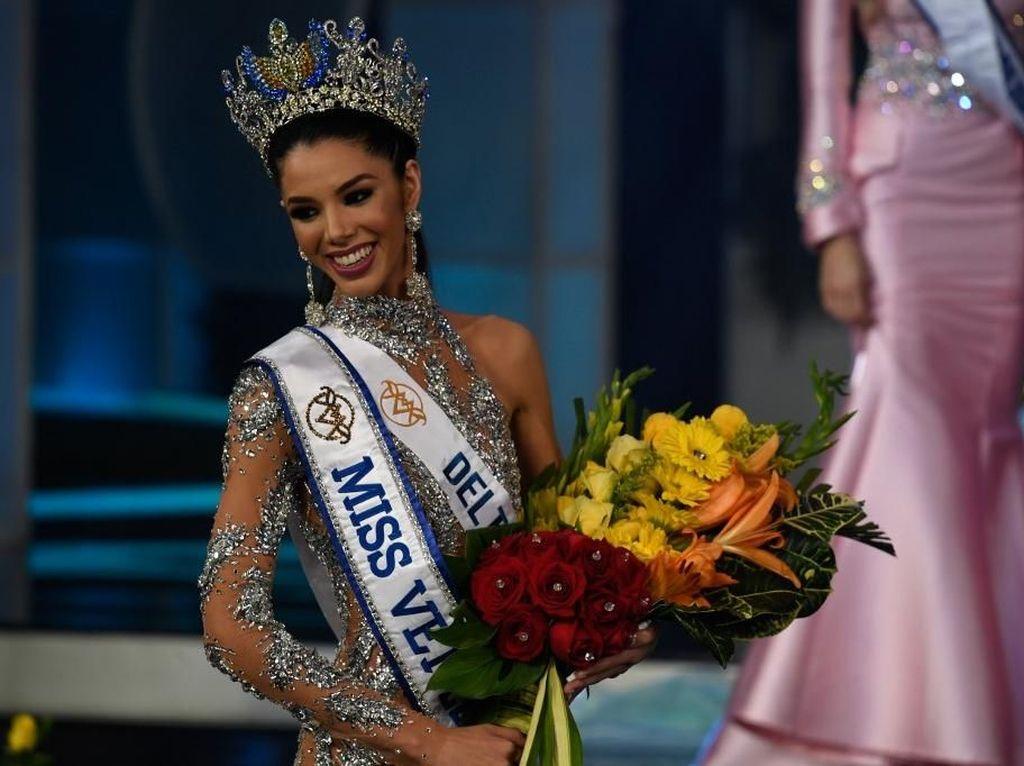 Foto: Thalia Olvino, Mahasiswi Cantik Pemenang Miss Venezuela 2019