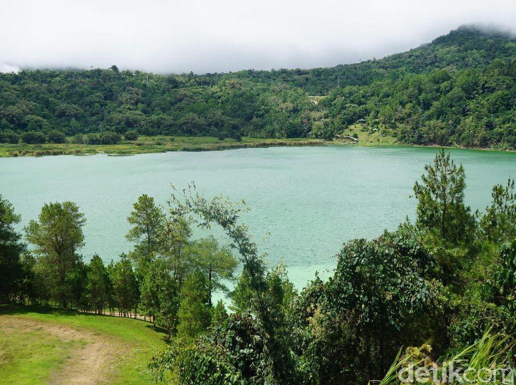 Libur Idul Adha, Ayo ke Danau Cantik di Tomohon