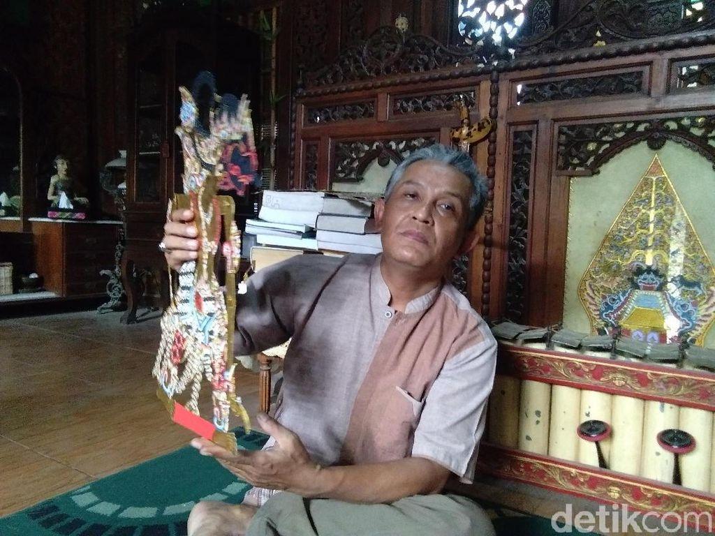 Catatan Ki Udreka tentang Lakon Kresno Jumeneng Ratu yang Digelar Jokowi