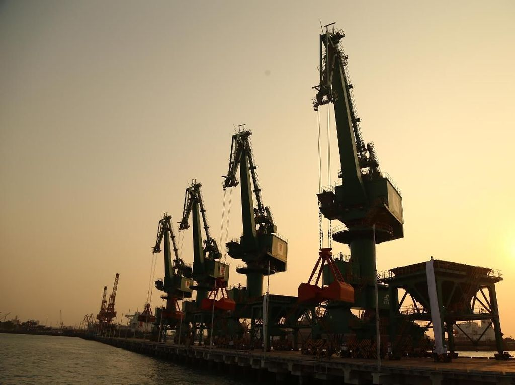 Jokowi Jengkel Ada Pelabuhan Nggak Punya Jalan, Bagaimana Solusinya?