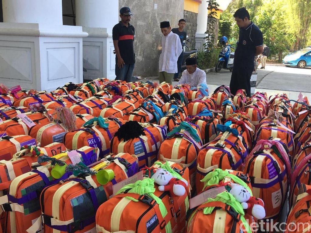 Tanda Unik Koper Jemaah Haji di Sulbar, dari Gayung hingga Hello Kitty