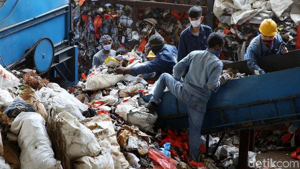 Bekasi Punya Pembangkit Listrik Tenaga Sampah
