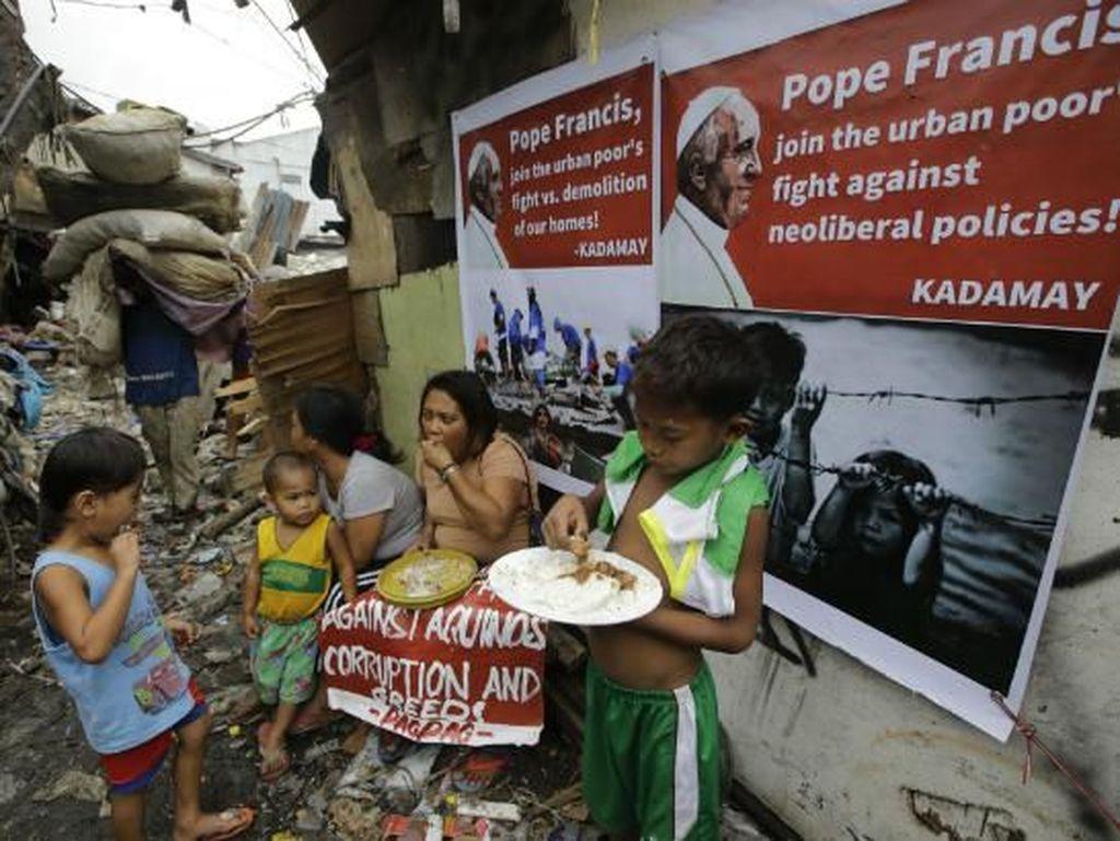 Melihat Proses Pembuatan Pagpag, Makanan Sampah di Filipina