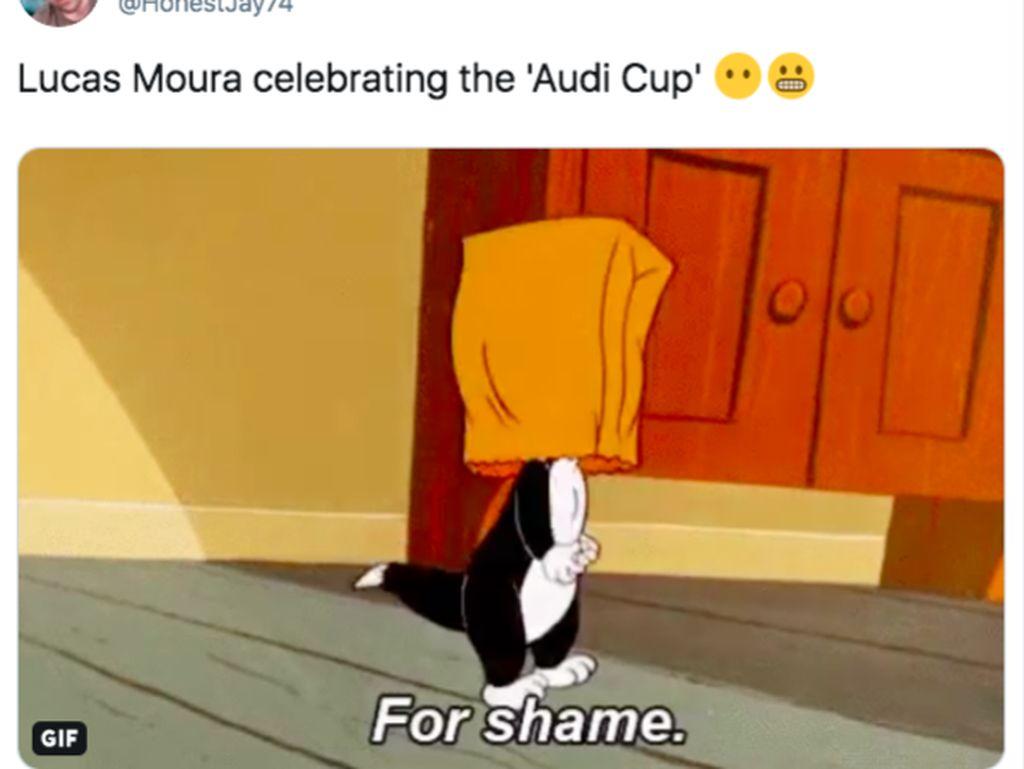 Bangga Spurs Dapat Piala Audi, Lucas Moura di-Bully