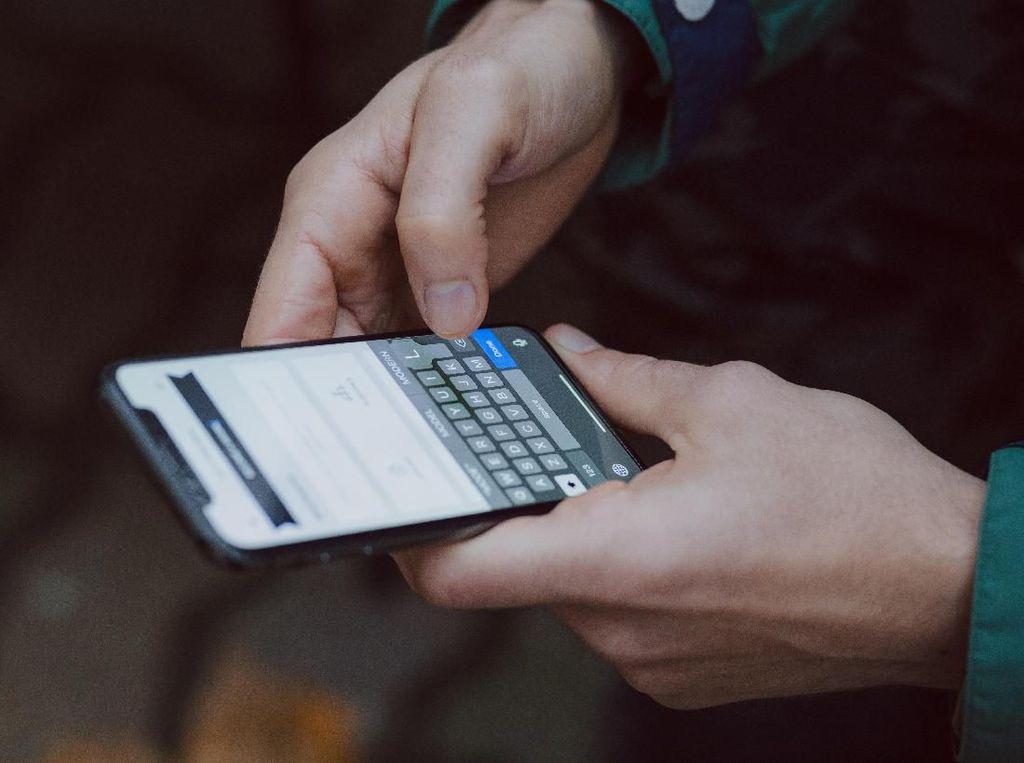 Ciri-ciri Ponsel Dikloning Orang Lain, Harus Waspada!