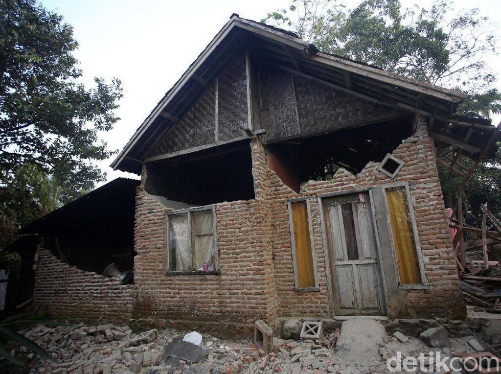 Begini Dampak Kerusakan Gempa M 6,9 Banten