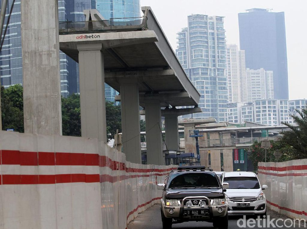 Kereta LRT Buatan INKA Mendarat di Jakarta Sabtu Ini