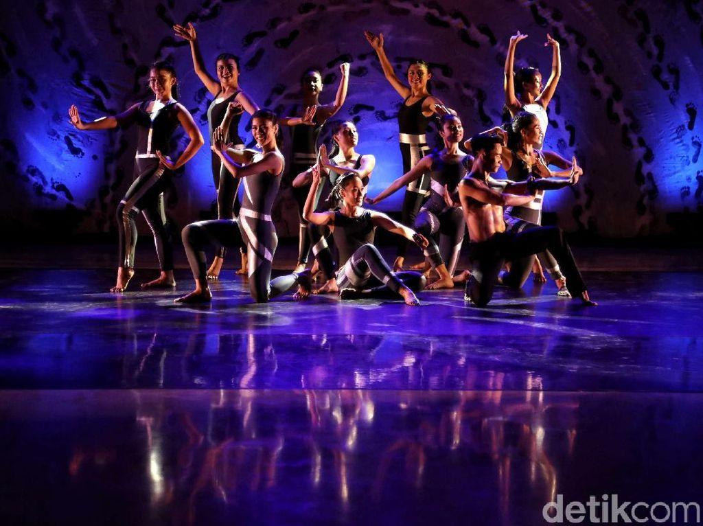 Terpesona Keindahan Pentas Tari Namarina Youth Dance
