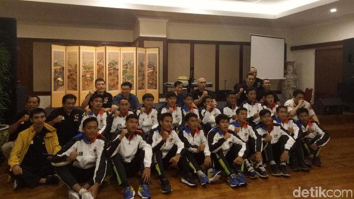Vamos Indonesia mendapat wejangan dari mantan ketum PSSI Agum Gumelar (Amalia Dwi Septi/detikSport)