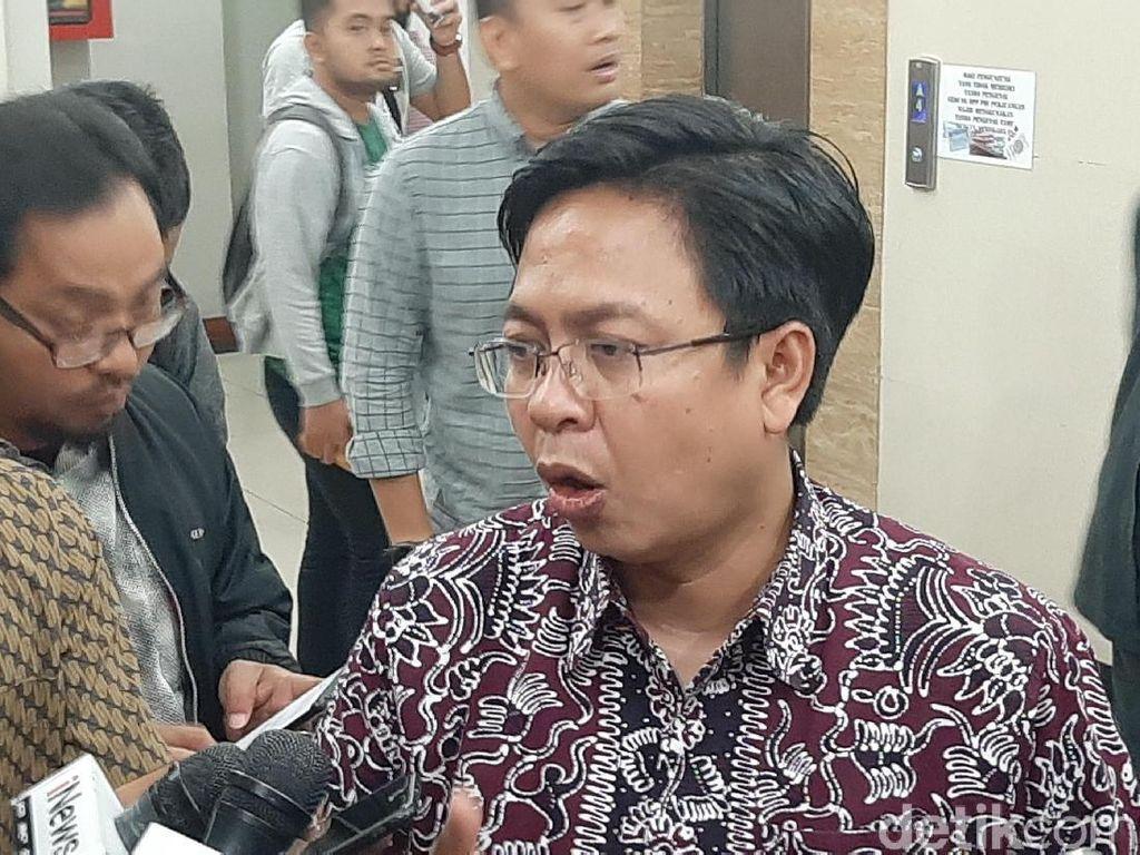 Risma Dinilai Jadi Penentu Karier Politik Anies Jika Maju Pilgub DKI