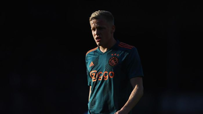 Donny van de Beek diminati Real Madrid (Foto: Dean Mouhtaropoulos/Getty Images)