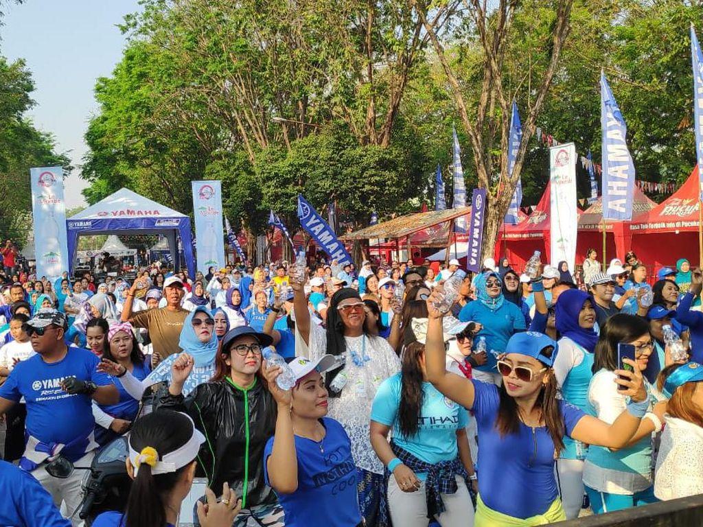 Meriahnya Pesta Rakyat di Sidoarjo: Test Ride hingga Joget Bareng