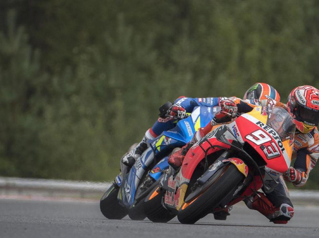 MotoGP Republik Ceko: Marquez Tolak Tudingan Rins