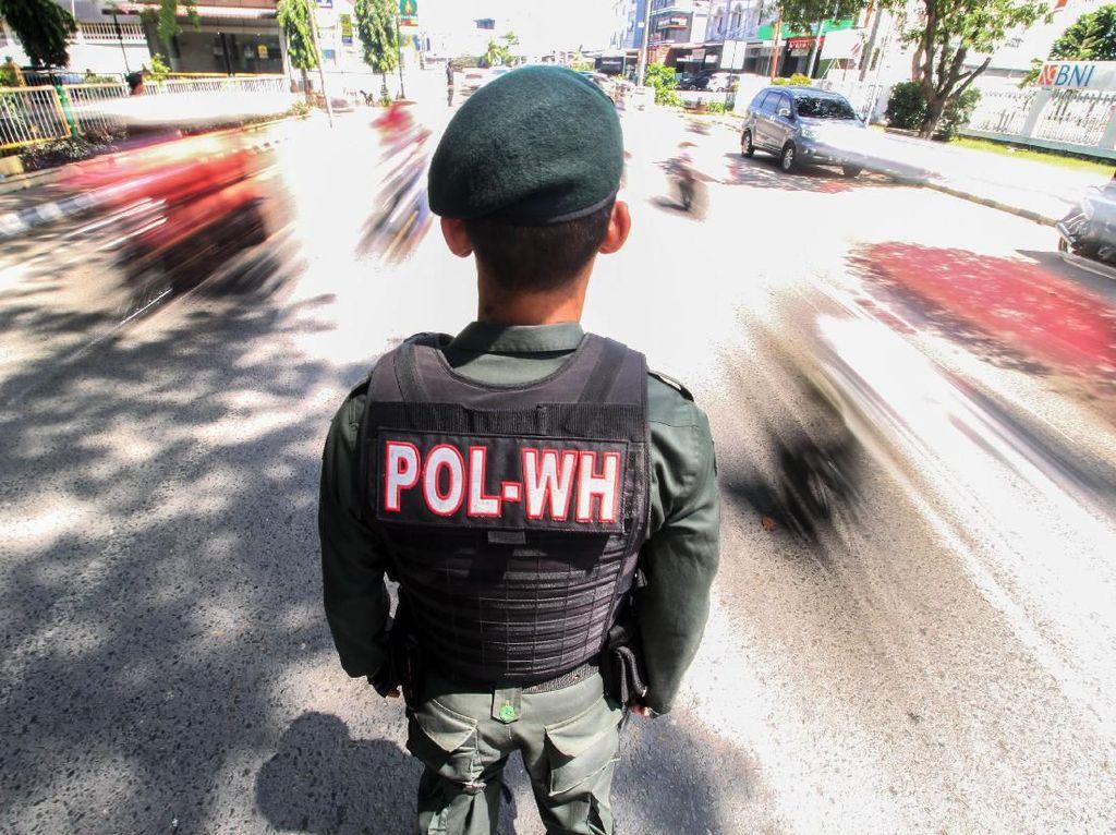 Digerebek Berduaan di Mobil Goyang, PNS di Aceh Diamankan Polisi Syariah