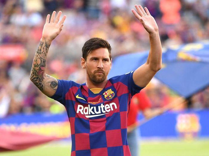 Barcelona tak mau buru-buru untuk memainkan Lionel Messi. (Foto: David Ramos/Getty Images)