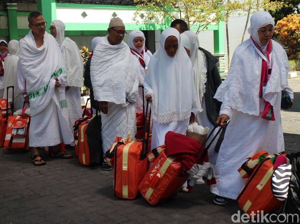Kloter Terakhir Embarkasi Solo Berangkat, 16 Calhaj Batal