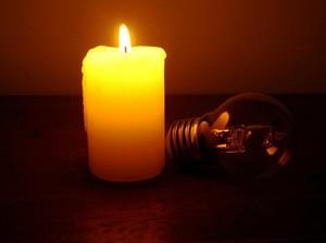 Kehabisan Lilin Saat Mati Lampu, Ini 5 Cara Praktis Bikin Lilin Sendiri
