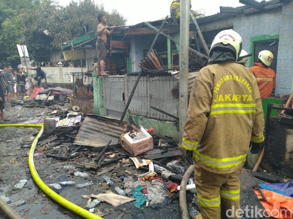 15 Rumah hingga Kios Hangus Akibat Kebakaran di Jakpus